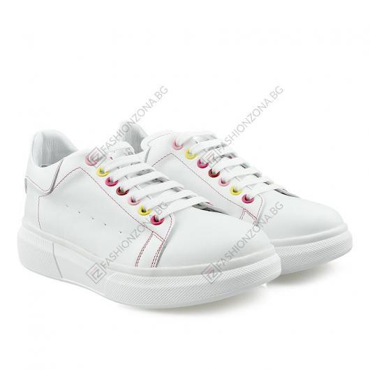 Бели дамски ежедневни обувки Maiken