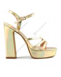 Златисти дамски елегантни сандали Aloha
