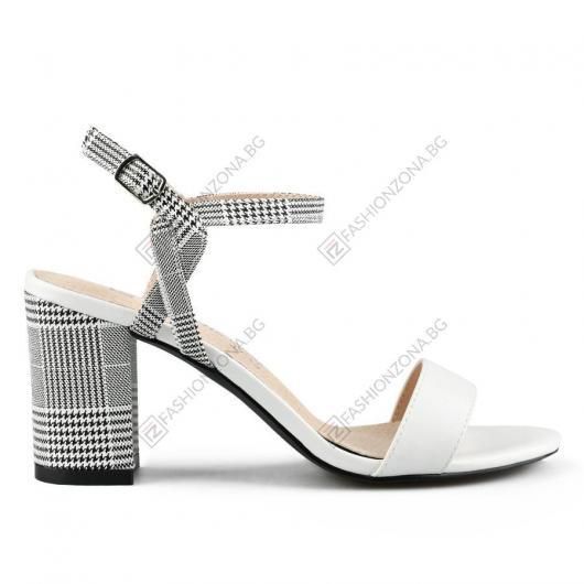 Бели дамски елегантни сандали Fan