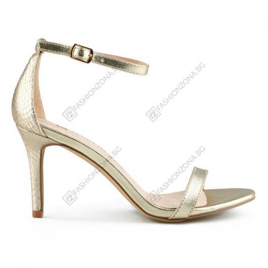 Златисти дамски елегантни сандали Nerthus