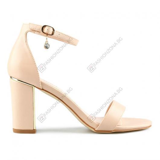 Бежови дамски елегантни сандали Nikolett
