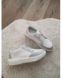 Бели ежедневни обувки Jael