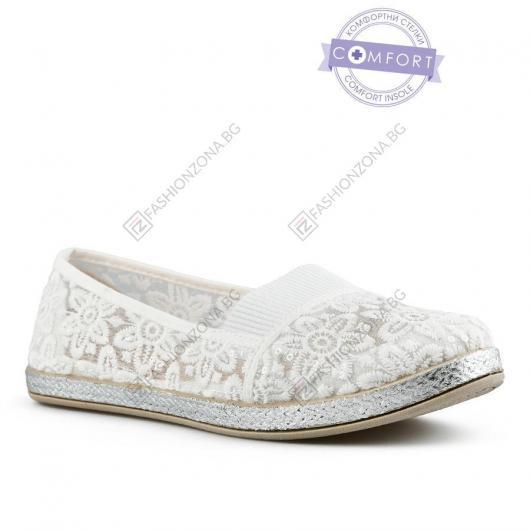 Бели дамски ежедневни обувки Dyani