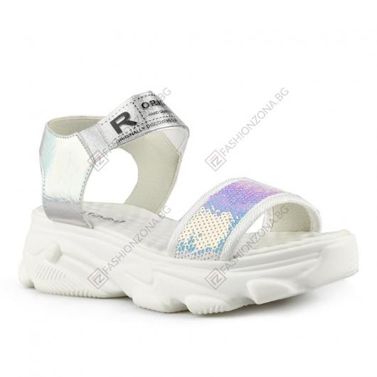 Бели дамски ежедневни сандали Hedy