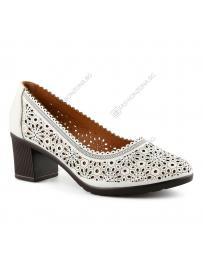 Бели дамски ежедневни обувки Neske