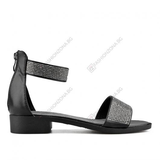 Черни дамски ежедневни сандали Melitta