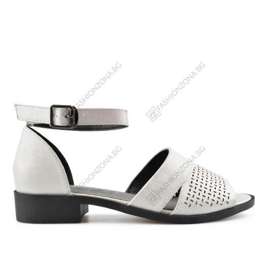 Бели дамски ежедневни сандали Adel