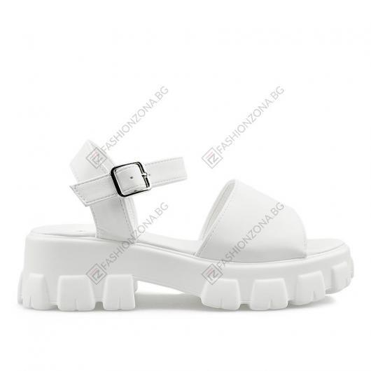 Дамски сандали Szilvia