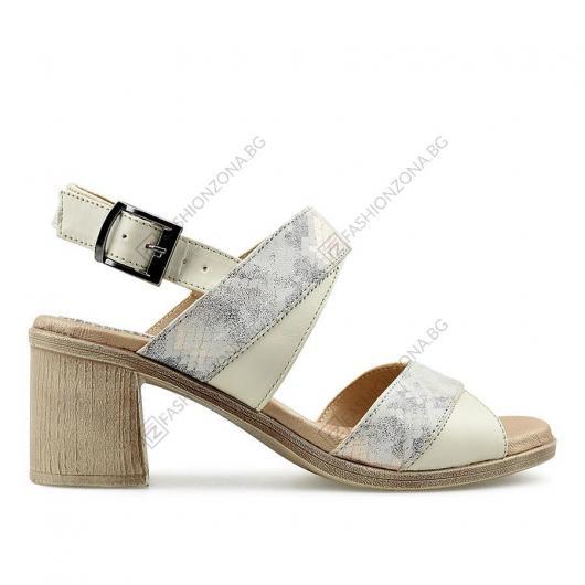 Бежови дамски сандали Yuliana