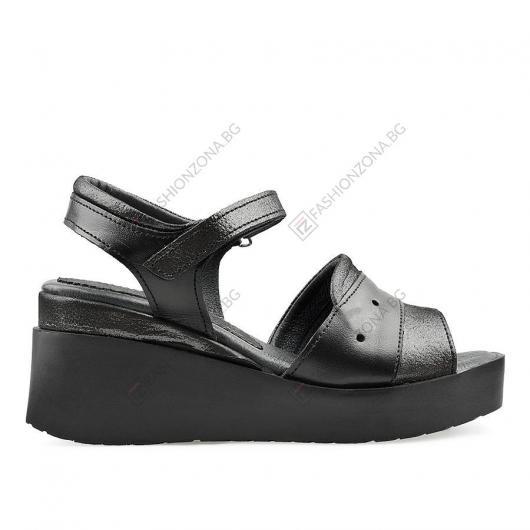 Черни дамски ежедневни сандали Keelan