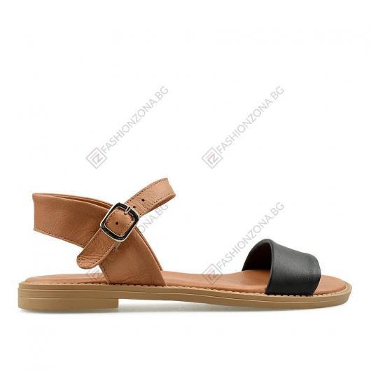 Черни дамски ежедневни сандали Cecily