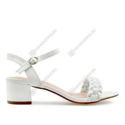 Бели дамски ежедневни сандали Rihanna