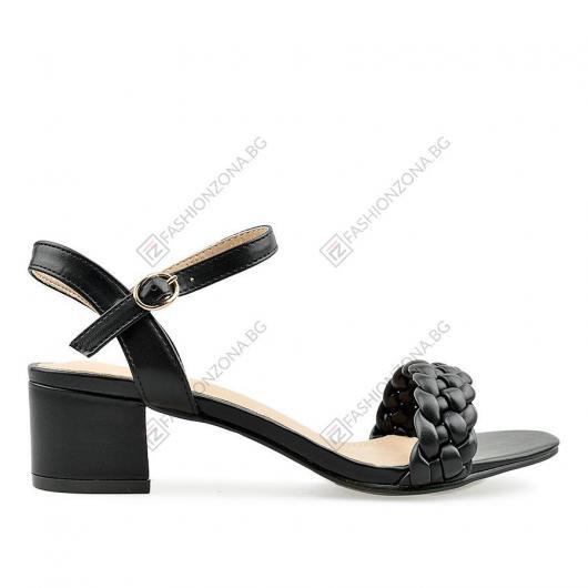 Черни дамски ежедневни сандали Aynur