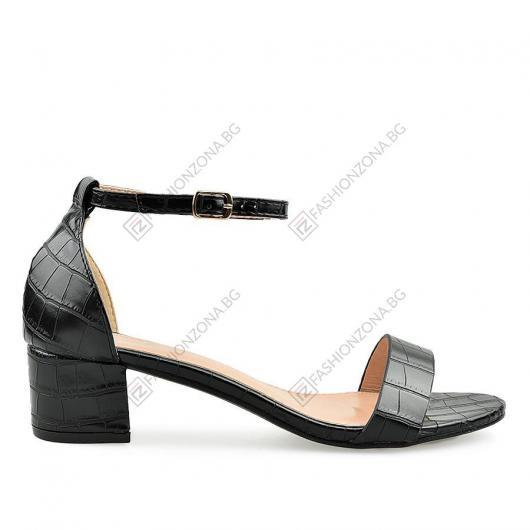 Черни дамски ежедневни сандали Vivi
