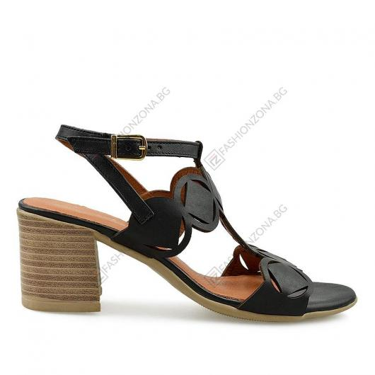 Черни дамски ежедневни сандали Andreia
