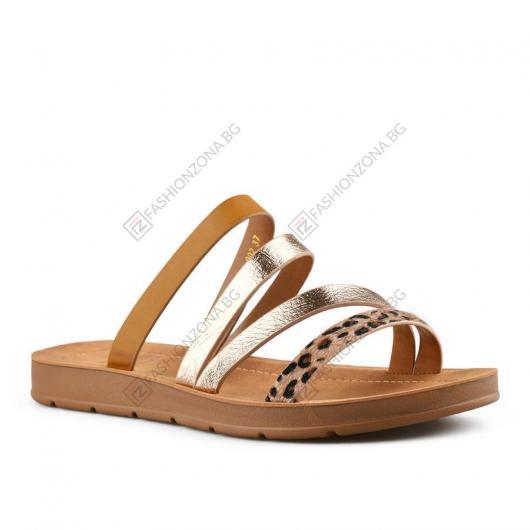 Златисти дамски ежедневни чехли Leta