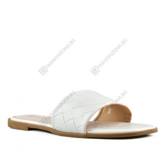 Бели дамски ежедневни чехли Ayda