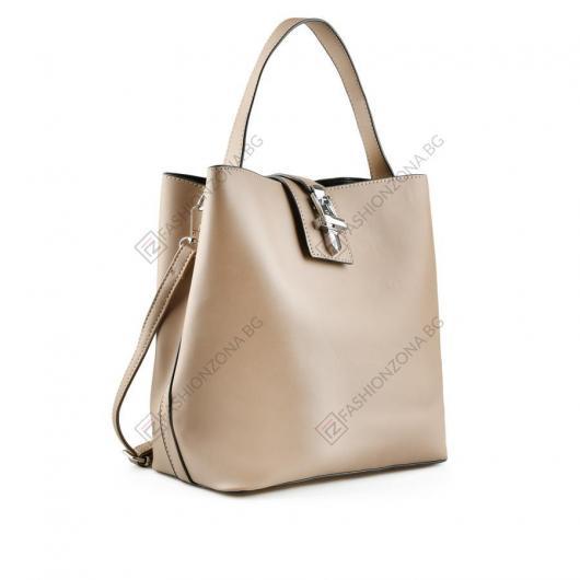 Бежова дамска ежедневна чанта Theodosia