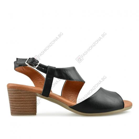 Черни дамски ежедневни сандали Elah