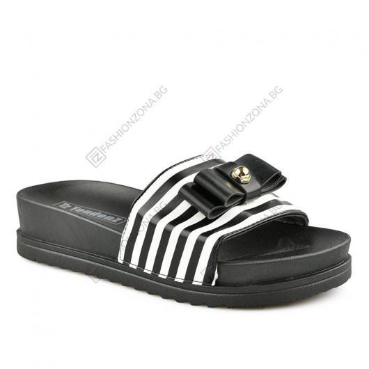 Черни дамски ежедневни чехли Sabella
