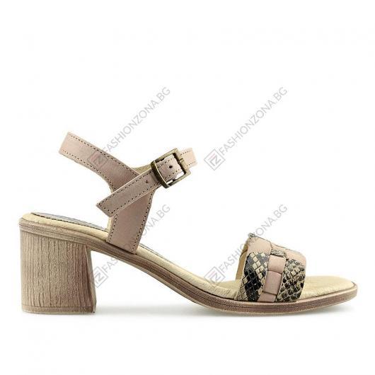 Бежови дамски ежедневни сандали Hang