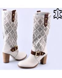 Бели дамски летни ботуши Shanika в online магазин Fashionzona