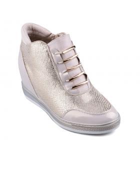 Златисти дамски кецове Corette в online магазин Fashionzona