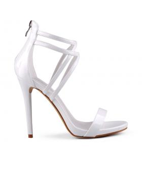 Бели дамски елегантни сандали 0129382 в online магазин Fashionzona