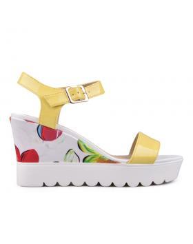 Дамски ежедневни сандали жълти 0130118 в online магазин Fashionzona