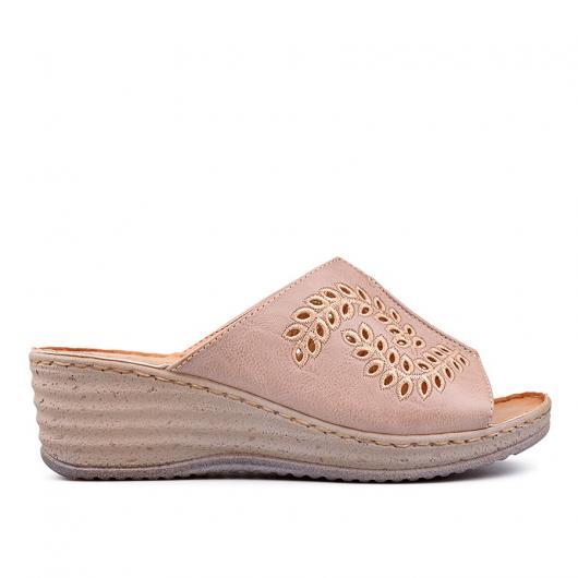 Бежови дамски ежедневни чехли Alise