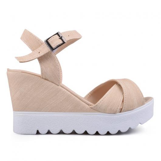 Бежови дамски ежедневни сандали Manjari