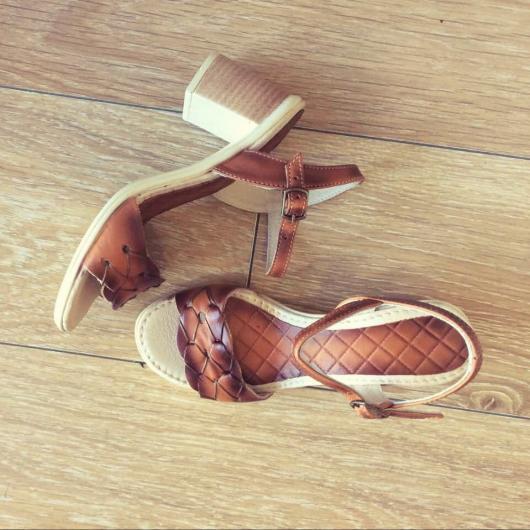 Кафяви дамски ежедневни сандали Kaley