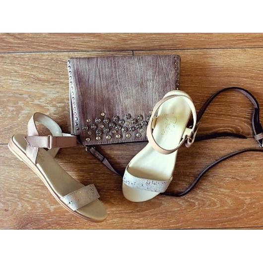 Бежови дамски ежедневни сандали Orelie